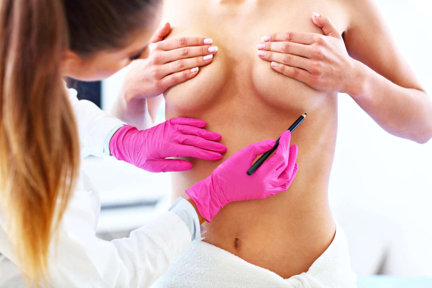 How to apply breast lift